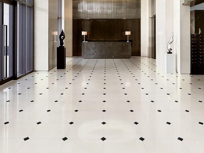 «Selection floor», Supergres (Италия)